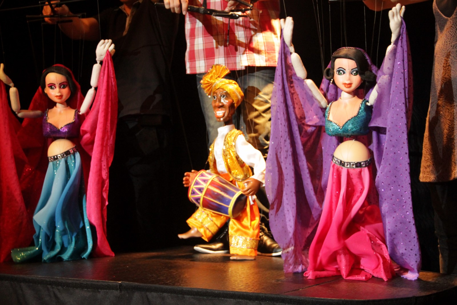 Bollywood puppets